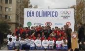 El Deporte Olímpico se tomó el centro de Santiago para celebrar su día.