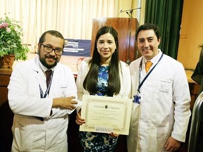 Médicos del Hospital Carlos Van Buren reciben sus Títulos de Especialistas.