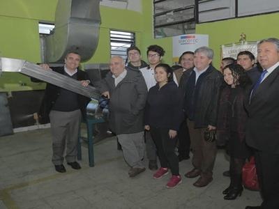 En Quilpué:  Estudiantes de Liceo Técnico Mannheim construyen innovador molino para producción de harina de quinoa.