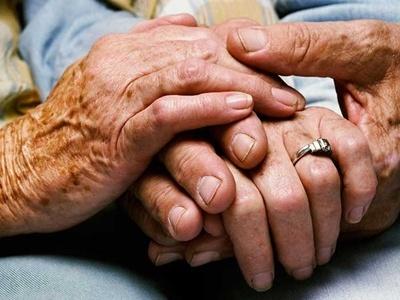 Cómo identificar y proteger a los adultos mayores ante el Covid–19