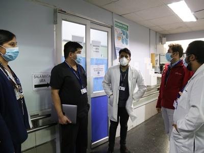 Seremi de salud destaca trabajo que ha realizado el hospital Van Buren durante la pandemia